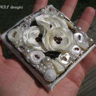 Ivory_beaded_brooch_4_listing