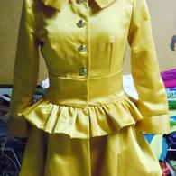 Yellow_trench_preview_006_listing