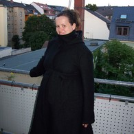 Talea_maternity_coat_1_listing