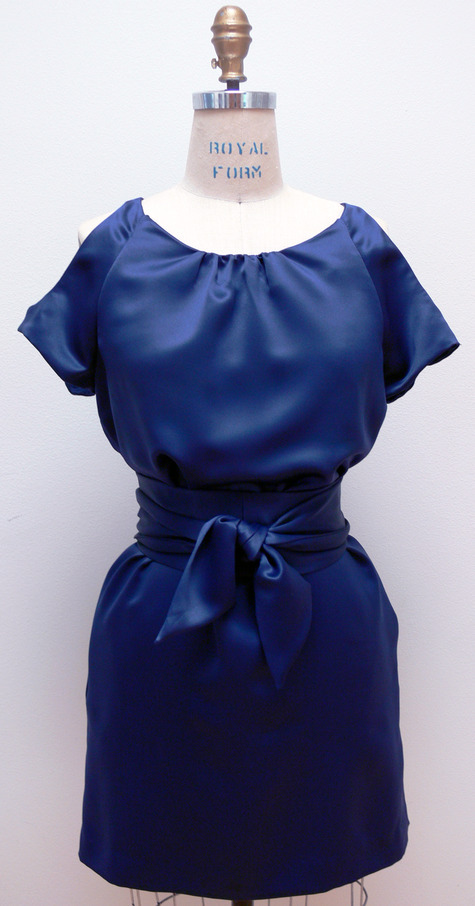 Cr_navy_front_large