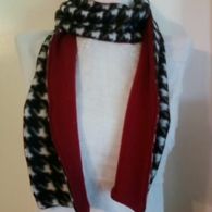 Scarf_houndstooth_peek_of_c_listing