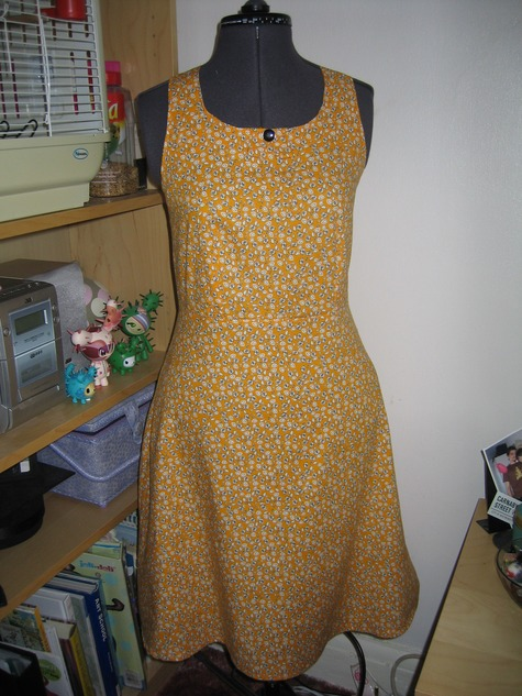 Yellow_dress_004_large