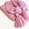 Picture_3_pink_scarf_grid