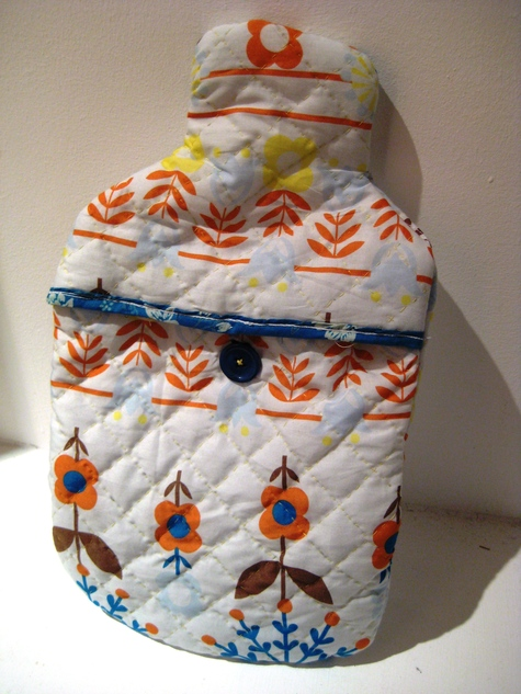 hello 60s! quilted hot water bottle cover – Sewing Projects ... : quilted hot water bottle cover - Adamdwight.com