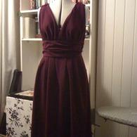 Dresses_001_listing