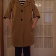 Camel_coat_lapels_down_listing