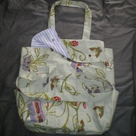 Nappy_bag_-_outer_listing