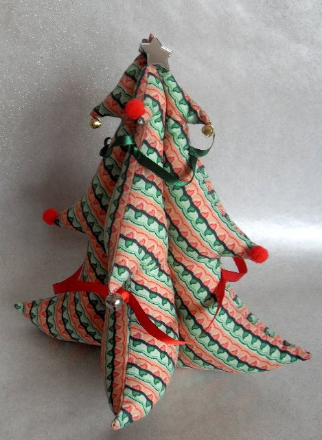 Fabric Christmas tree – Sewing Projects | BurdaStyle.com