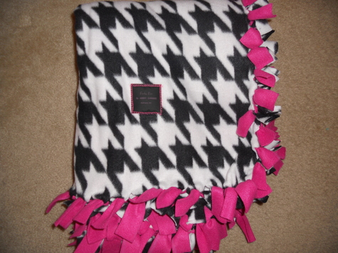 Making Fleece Baby Blankets With Knots Making a Baby Blanket is a