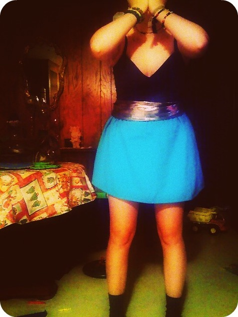 Blueskirt_large