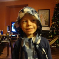 Hooded_scarf_listing