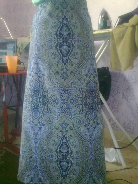 Blue_cord_skirt_front_large
