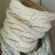 Handmade_cowl_listing