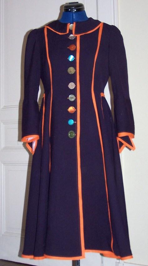 Coat_front_large
