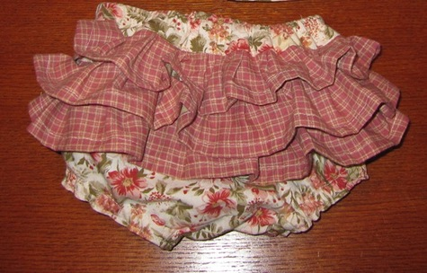 Ruffle-butt_diaper_cover_large