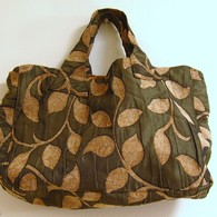 Handbags_by_grrl_dog_and_urbandon_00005_listing