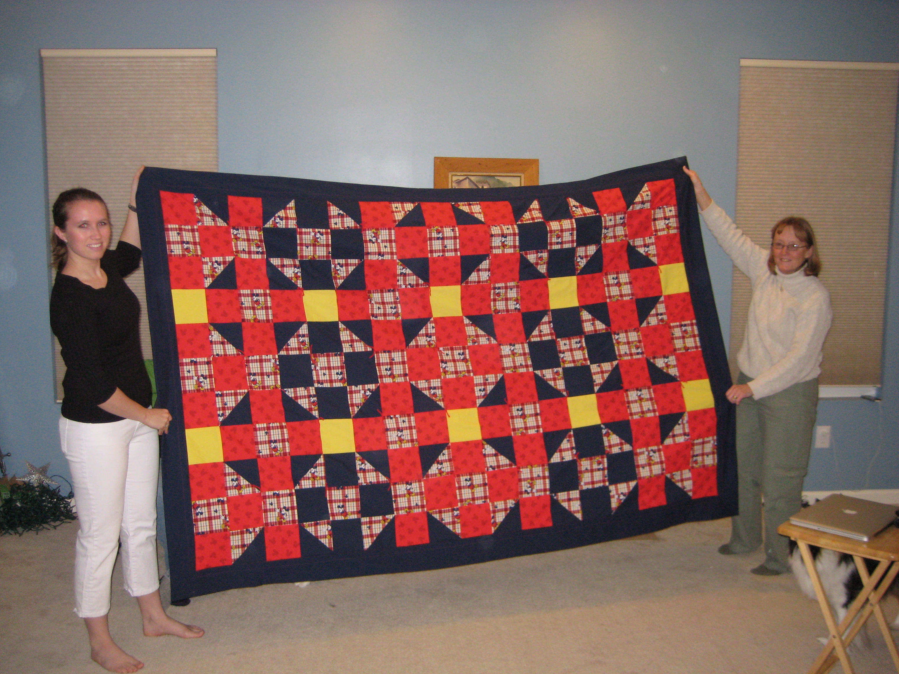 Mickey Mouse Quilt Sewing Projects Burdastyle Com