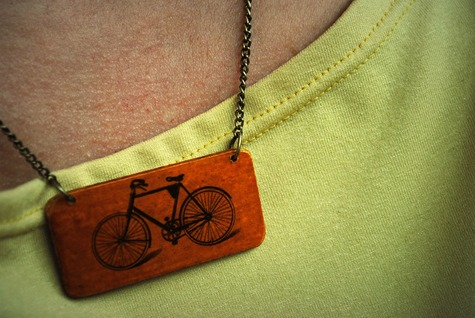 Bike_necklace_large