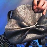 Bow_bag_listing