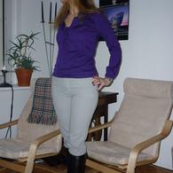 2011-02-18_hellgraue_hose1_listing