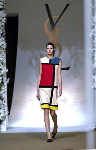 Kleid010608reu_large