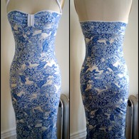 Blue_and_white_fitted_dress_listing