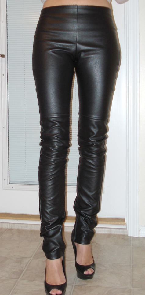 8 Best Faux Leather Leggings You Should Try In February 20, Spanx Faux Leather Leggings. Image: teraisompcz8d.ga BUY ON AMAZON DE – BUY ON AMAZON UK – BUY ON AMAZON US. BUY ON AMAZON ES – BUY ON AMAZON FR – BUY ON AMAZON IT. This next design is by SPANX and they are a bit on the pricier side. This is because of the high quality.