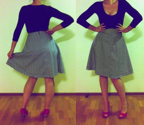 Black_and_white_skirt_large