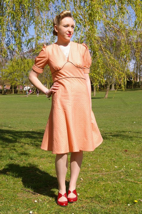 1940s Day Wear: 1940's Day Dress – Sewing Projects