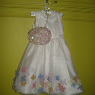 Girl_s_dress_w_baloon_skirt_listing