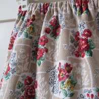 Wild_roses_vintage_skirt_close_listing