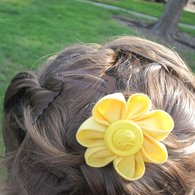 Yellow_in_hair_listing