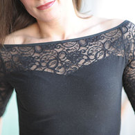 Blacklace_display_listing