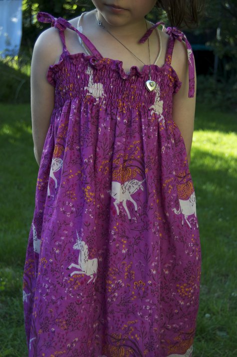 Unicorn_dress_model_large
