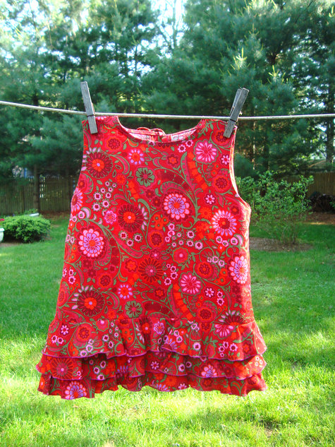 Girls_dress_front_large