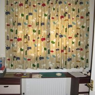 Dog_curtain_1_listing