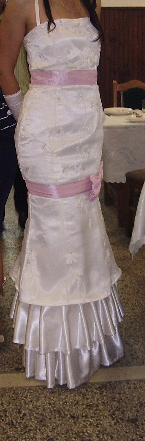 Wedding_dress_large