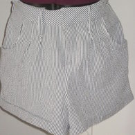 Seersucker_shorts_front_listing