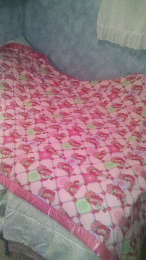Strawberry_shortcake_blanket_large
