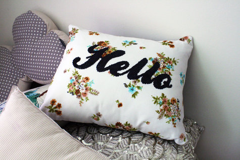 Hello_pillow_large