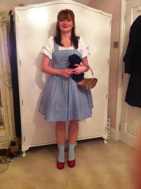 Dorothy_costume_large