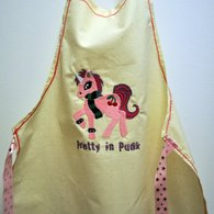 Carol_apron_listing