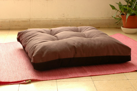 Zen Floor Pillows : zabuton: large square floor pillow for zazen (zen meditation) ? Sewing Projects BurdaStyle.com