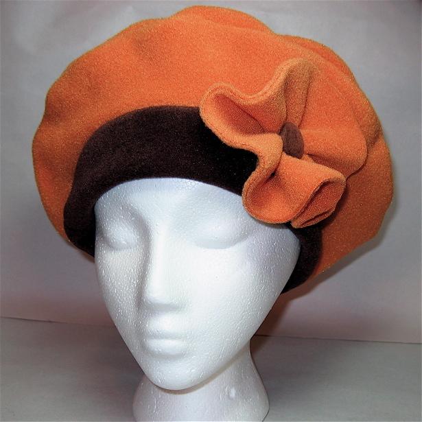 Pumpkin Fleece Beret �...