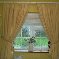 Bathroomcurtains_listing