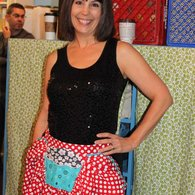 Prday_crafty_planet_sharon_1_yd_wonder_apron_listing