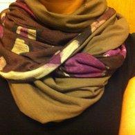Nina_scarve_listing