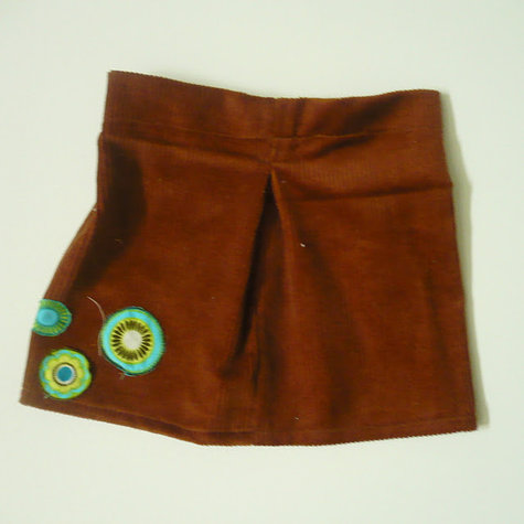 Cord_skirt_front_large