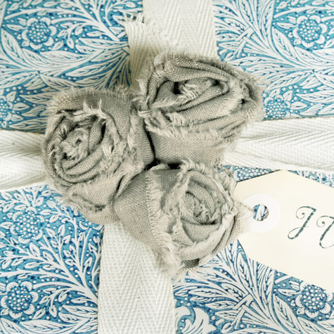 Fabric_roses_small_large