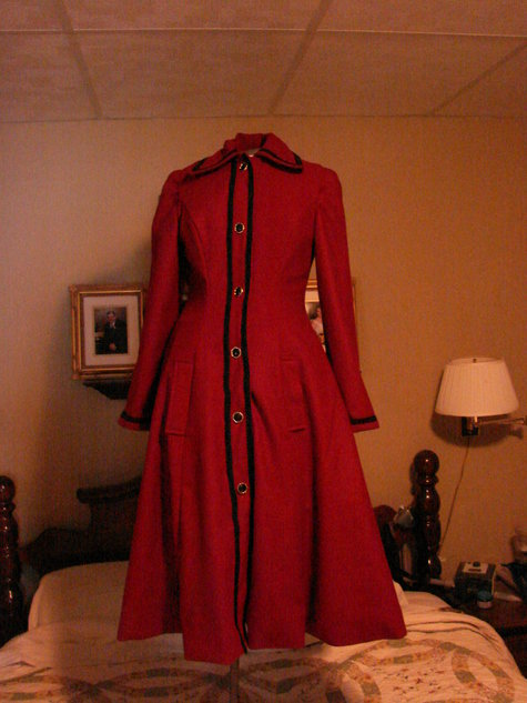 2011_xmas_program_pene_coat_027_large